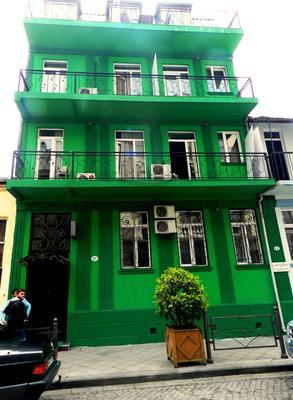 Green Villa - Batumi - Building
