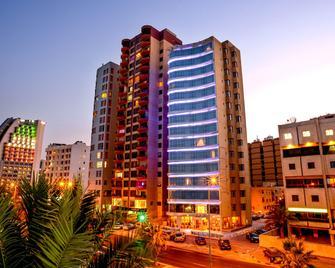 Relax Inn Hotel Apartments - Salmiya - Building