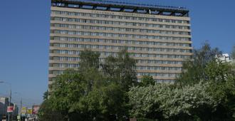 Universitetskaya Hotel - Moskou - Gebouw
