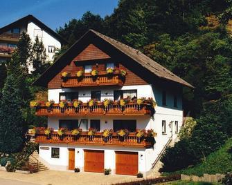 Ferienwohnung Haus Armbruster - Bad Rippoldsau - Gebäude