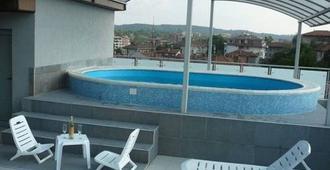 Hotel Akvaya - Veliko Tarnovo - Pool