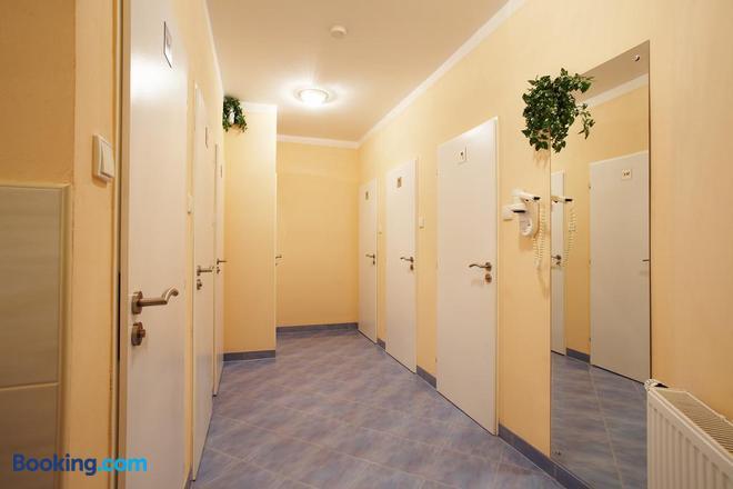 Hostel Franz Kafka - Prague - Hallway