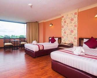 The Imperial Hotel And Convention Centre Phitsanulok - Phitsanulok - Bedroom