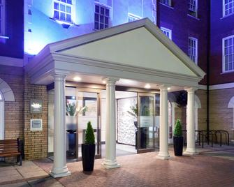 Mercure Exeter Southgate Hotel - Ексетер - Building