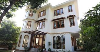 Mango Hill Inn - יאנגון - בניין
