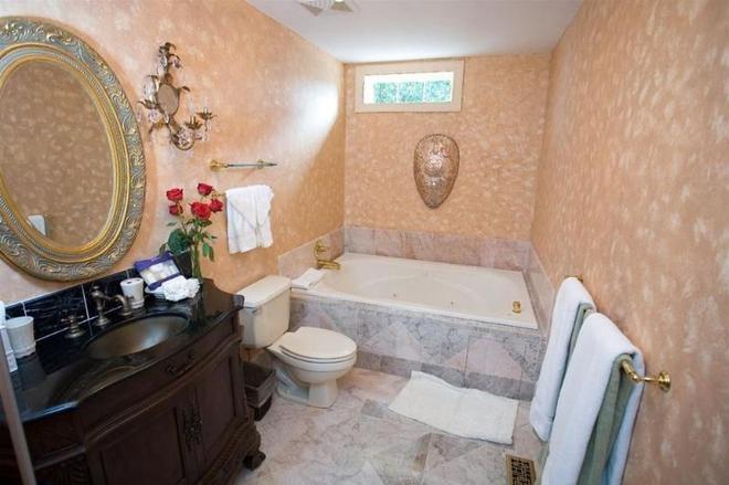 1840s Carrollton Inn - Baltimore - Baño