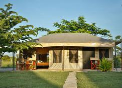 Tanganyika Coastal Campsite - Saadani