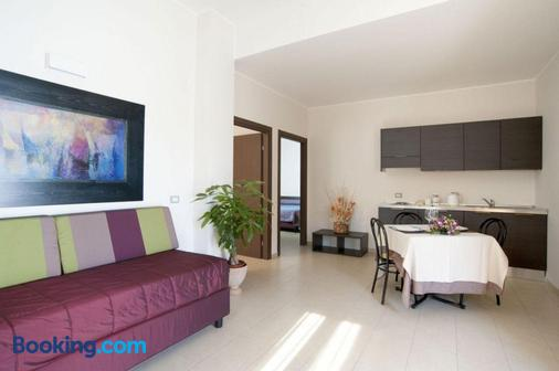 Hotel Massimino - Anguillara Sabazia - Living room