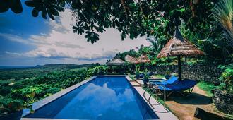 Marqis Sunrise Sunset Resort And Spa - Tagbilaran - Pool