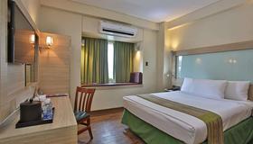 Microtel by Wyndham Baguio - Baguio - Camera da letto