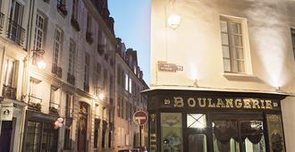 Hotel du Petit Moulin - París - Edificio