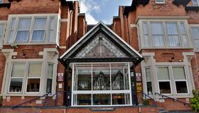 Best Western Plus Nottingham Westminster Hotel - Nottingham - Building