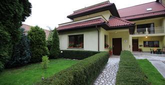 Casa Clementina - Брашов - Здание