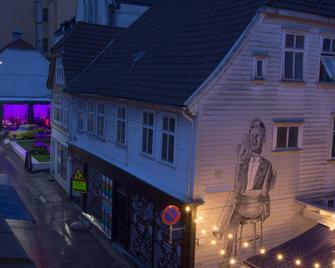 Magic Hotel Korskirken - Bergen - Building