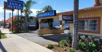 Delmonico Motel - Los Angeles - Building
