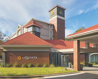 La Quinta Inn & Suites by Wyndham Atlanta Conyers - Conyers - Building