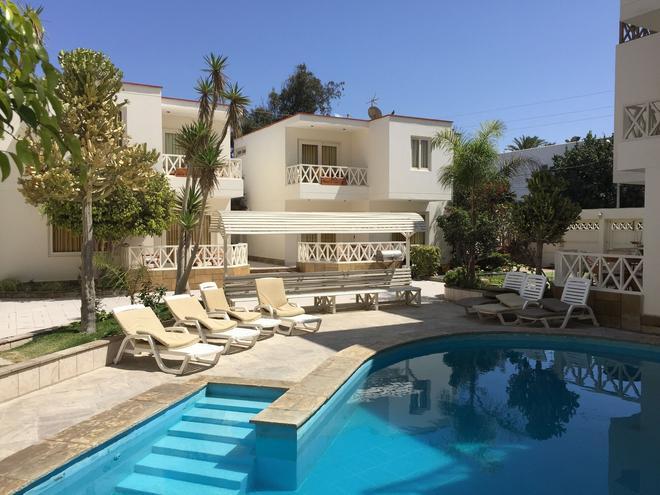 Hotel Emancipador - Paracas - Pool