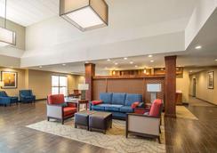 Comfort Suites - Dodge City - Lobby