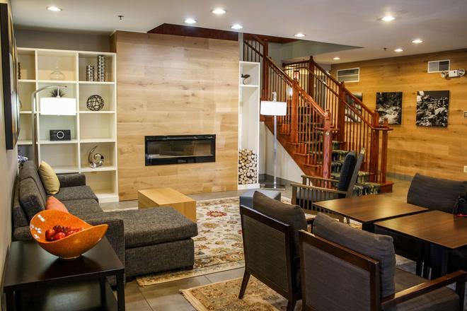 Country Inn & Suites Washington Dulles Internation - Sterling - Recepción