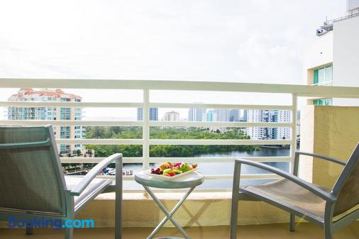 GALLERYone - a DoubleTree Suites by Hilton Hotel - Fort Lauderdale - Balcony