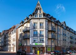 Ibis Styles Deauville Centre - Deauville - Κτίριο