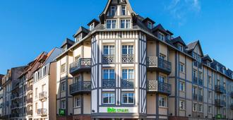 Ibis Styles Deauville Centre - Deauville - Κτίριο