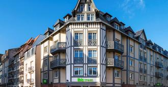 Ibis Styles Deauville Centre - דואו-וויל