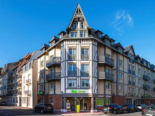 Ibis Styles Deauville Centre - Deauville - Toà nhà