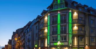 Ibis Styles Deauville Centre - דואו-וויל - בניין