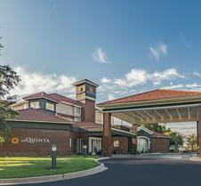 La Quinta Inn & Suites by Wyndham Alexandria Airport