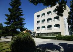 Hotel Romanisio - Fossano - Edificio