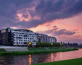 Park Hotel & Spa - Skopje - Building