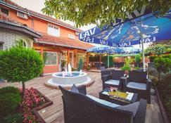 Garni Hotel Radovic - Kragujevac - Patio