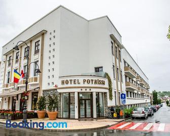 Potaissa Hotel - Турда - Building