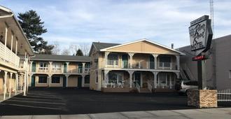 River Road Motel - ווינסקונסין דלז - בניין