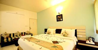 Hotel Ashish Palace - אודאיפור