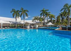Shangri-La Hotel, The Marina, Cairns - Cairns - Pool