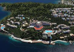 Green Beach Resort - Gündoğan - Outdoors view