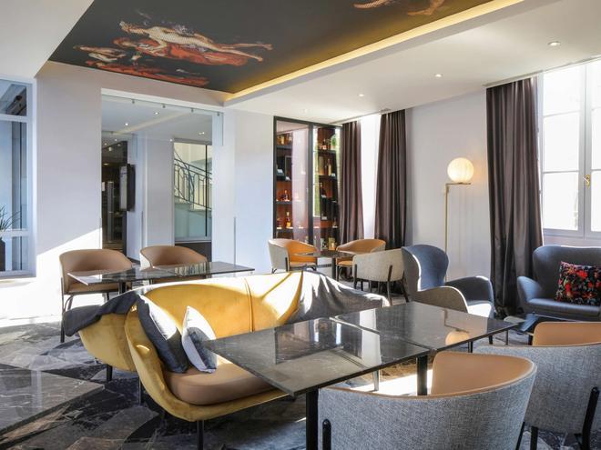 Mercure Angoulême - Hôtel de France - Angoulême - Baari