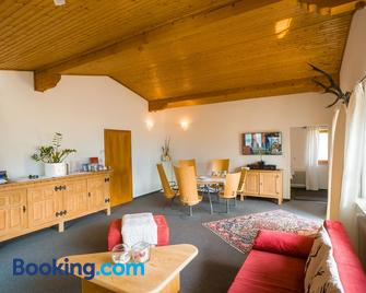 Rodlers Chalet - Piesendorf - Living room