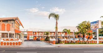 Aqua Venture Inn - Long Beach - Edifício