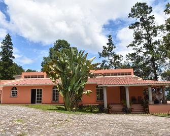 Uyuca Vista Guest House - Valle de Ángeles - Edificio