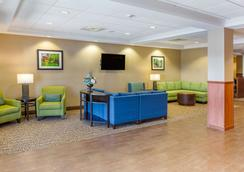 Comfort Suites Amish Country - Lancaster - Lounge