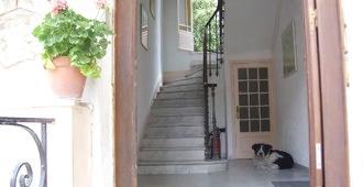 Villa Saphir - Niza - Escaleras