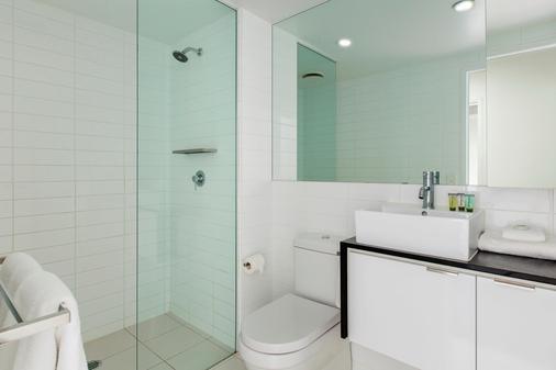 Code Apartments - Brisbane - Μπάνιο