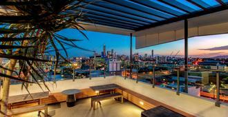Code Apartments - Brisbane - Patio