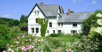 The Forest Country House B&B - Newtown - Edificio