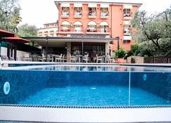Hotel Al Caminetto - Torri Del Benaco - Pool