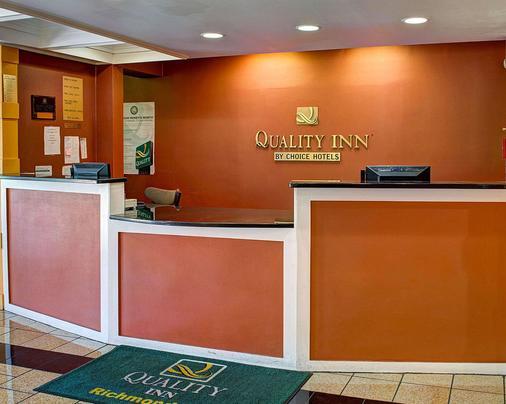Quality Inn North - Richmond - Lễ tân