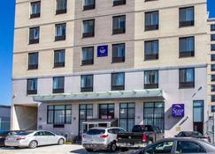 Sleep Inn Long Island City - Astoria - Queens - Building